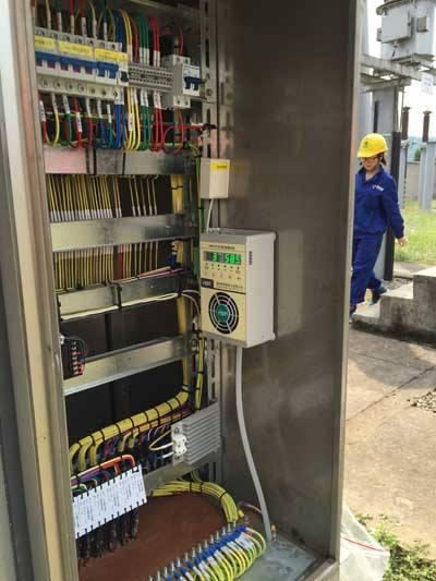 盘龙联发欣悦变压站户外不锈钢配电箱安装项目